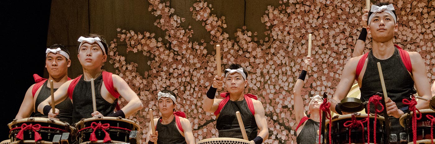 Taiko drummer performance