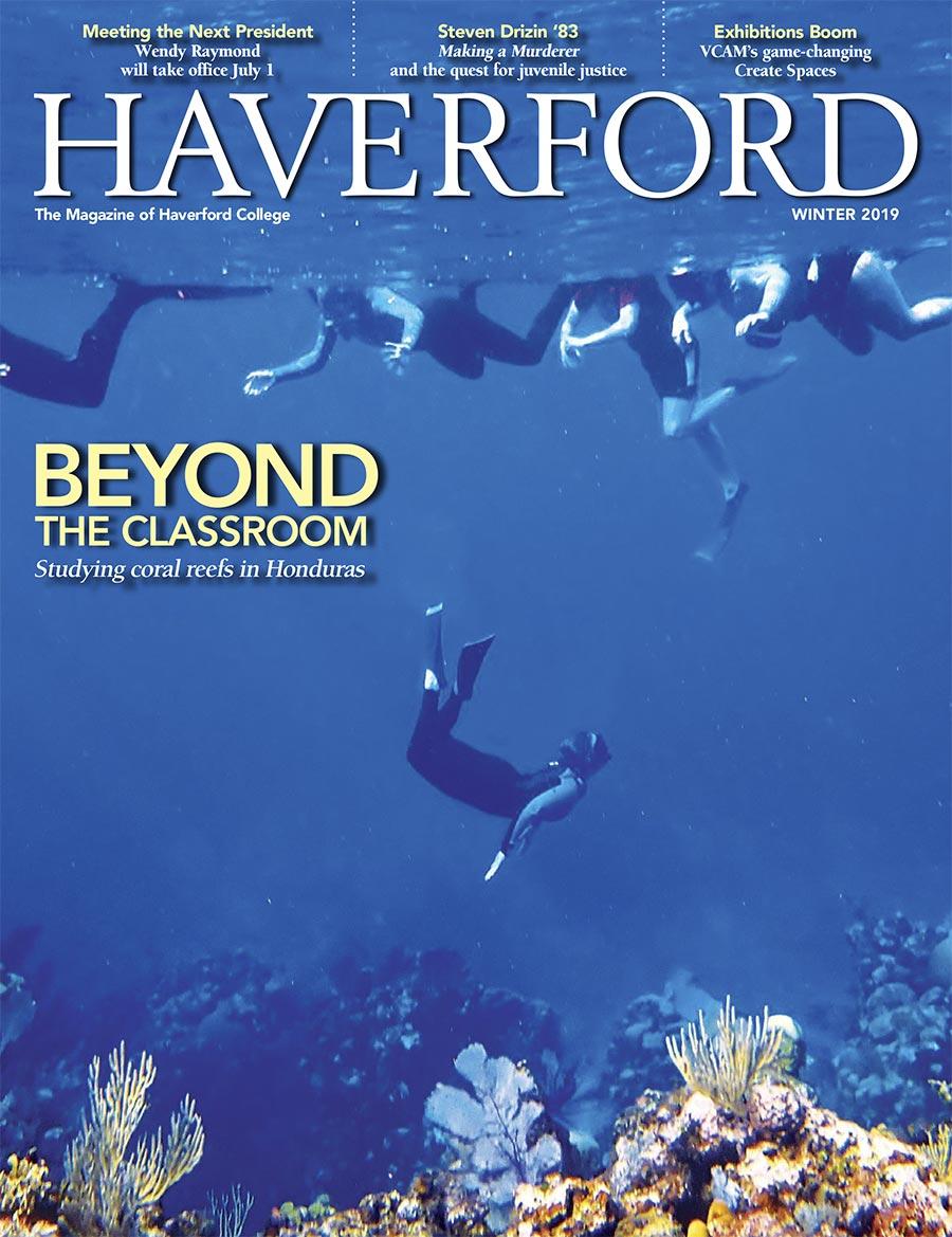 Students snorkeling in Honduras