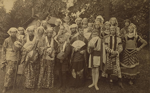 Quakers in ornate costumes