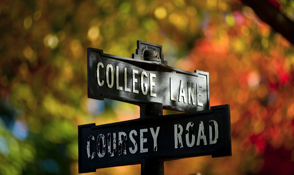 The street sign for College Lane and Coursey Road.