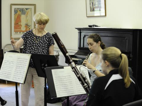 Prof. Heidi Jacob and students rehearse