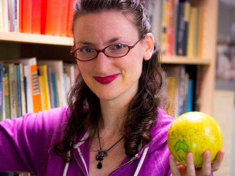 Kat Zukaitis '07