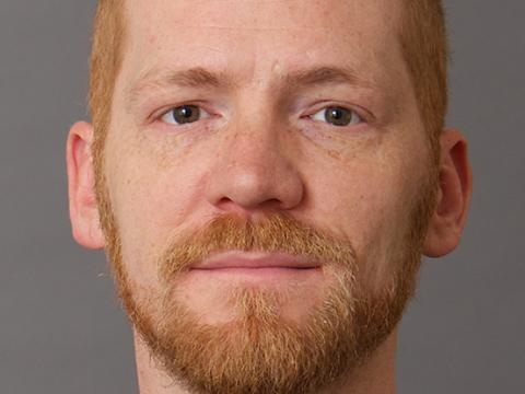 Christopher Schlottmann headshot