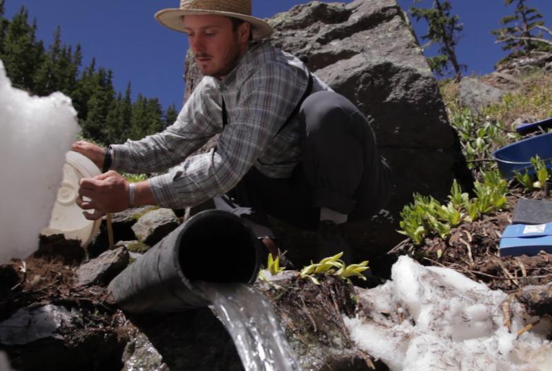 A springs technician in Arizona